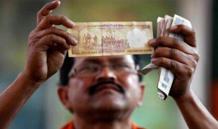 घबराने की नहीं जरूरत, अगर आपके पास आ गया है नकली नोट तो ऐसे करें पहचान- India TV Paisa