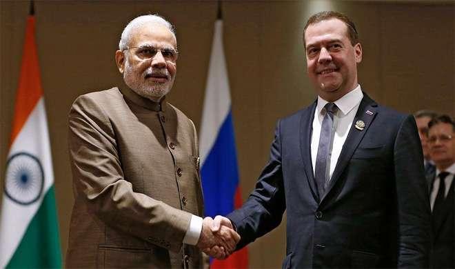 Russian PM with Narendra Modi- India TV