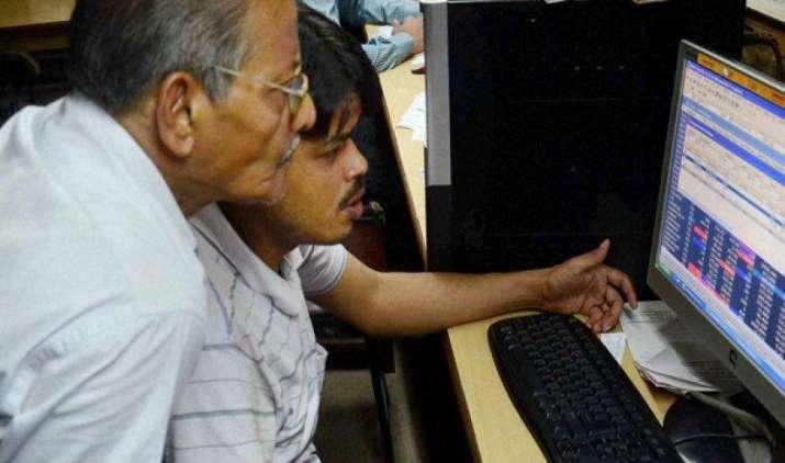 सेंसेक्स 115 और निफ्टी 34 अंक गिरकर बंद, चुनिंदा मिडकैप और स्मॉलकैप शेयरों ने दिखाया जोश- India TV Paisa