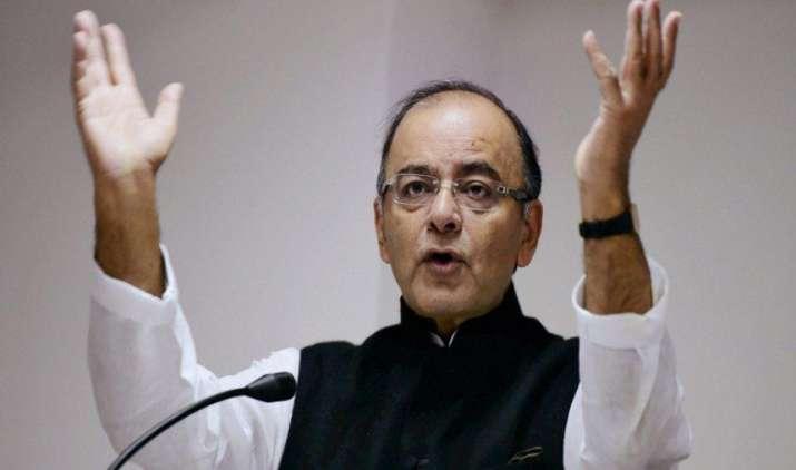 प्रदूषण फैलाने वाले उत्पादों पर जीएसटी रेट हो सकता है अधिक, जेटली ने दिए संकेत- IndiaTV Paisa