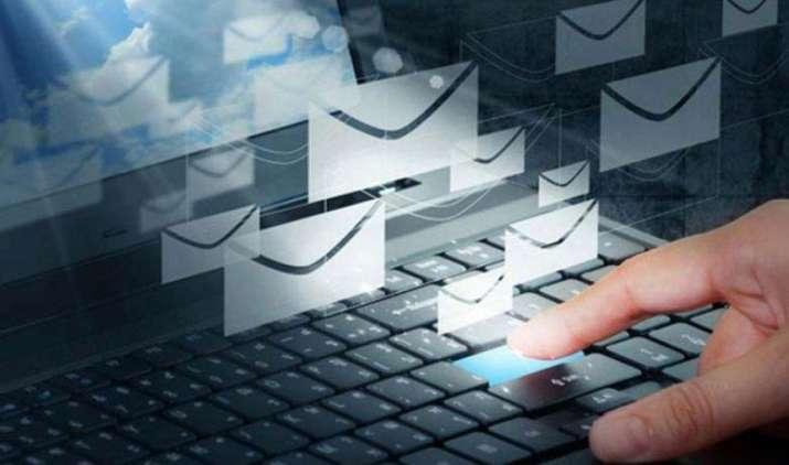 अब हिंदी सहित 11 भाषाओं में बनाइए अपनी Email ID, iPhone और Android पर डाउनलोड करें Datamail ऐप- India TV Paisa