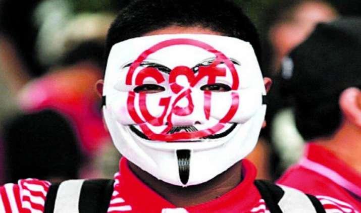 GST का विरोध कर रहे टैक्स अधिकारियों को कार्रवाई की चेतावनी, कैट ने कहा पहले तीन साल न लगे जुर्माना- India TV Paisa