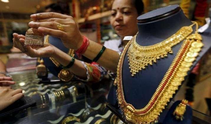 Weekly Wrap-up: Gold हुआ 400 रुपए सस्ता, चांदी की कीमतों में आई 950 रुपए की गिरावट- IndiaTV Paisa