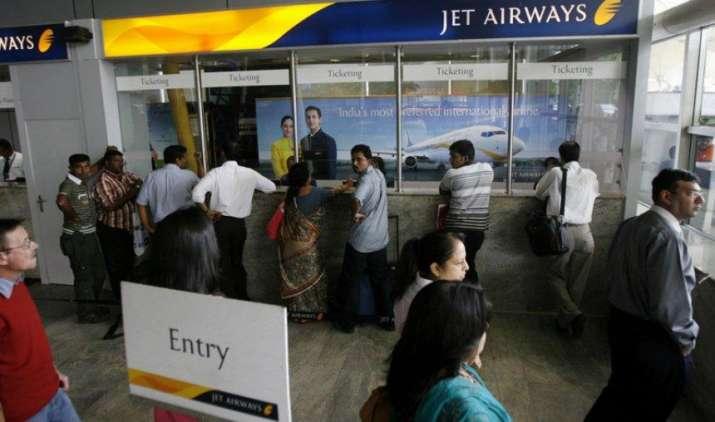 Special Offer: स्पाइसजेट के बाद Jet Airways का फेस्टिव ऑफर, सिर्फ 396 रुपए के बेस फेयर में हवाई सफर का मौका- IndiaTV Paisa