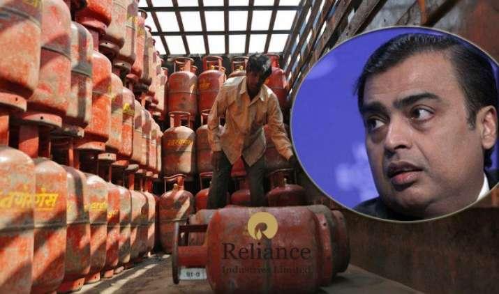 Jio के बाद LPG गैस सिलेंडर बेचेगी रिलायंस इंडस्ट्री, पायलट प्रोजेक्ट किया लॉन्च- India TV Paisa