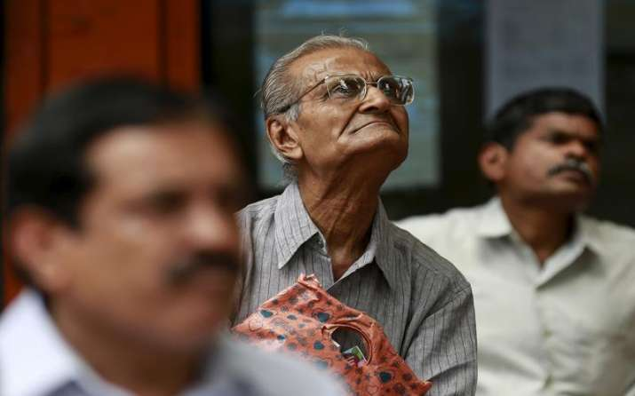 RBI की कोशिशों के बावजूद बैंकों ने सस्ते नहीं किए अपने लोन, जानिए क्या हैं इसके पीछे की वजह- IndiaTV Paisa