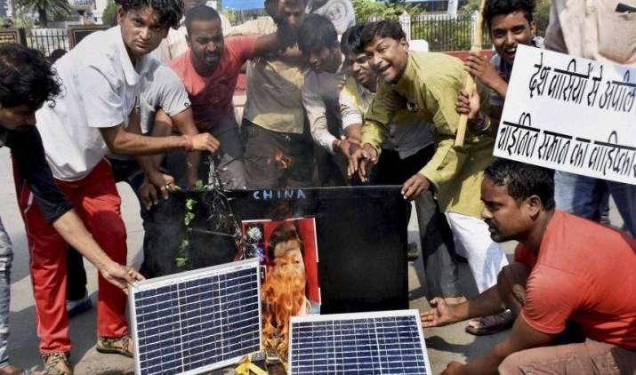 #boycottchina: भारतीय मूर्तिकारों ने निकाला ड्रैगन का दम, बाजार से गायब हुईं चीनी मूर्तियां- India TV Paisa