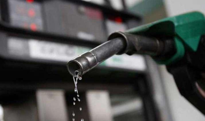 सावधान! पेट्रोल पंप वाले इन 7 तरीकों से ऐसे देते हैं आपको धोखा, हमेशा रखें इन बातों का ख्याल- IndiaTV Paisa