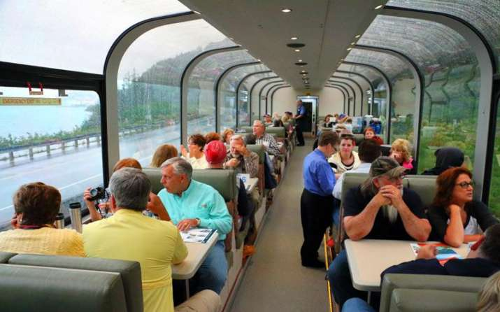 कांच की छतों वाली ट्रेन का भारत में भी ले सकेंगे मजा, रेलवे जल्द करेगी शुरुआत- India TV Paisa