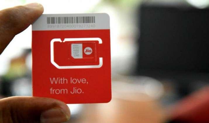 Reliance Jio सिम लेने के लिए अब नहीं होगी कोई परेशानी, आम दुकानों पर बिक्री हुई शुरू- IndiaTV Paisa