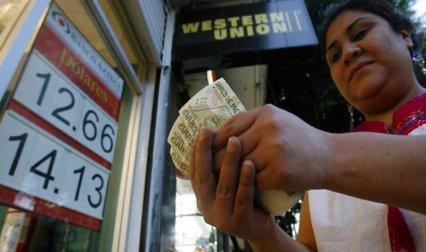 भारत में आने वाला रेमिटेंस 2016 में घट सकता है 5%, वर्ल्ड बैंक ने कहा कमजोर तेल कीमतों का पड़ेगा असर- IndiaTV Paisa
