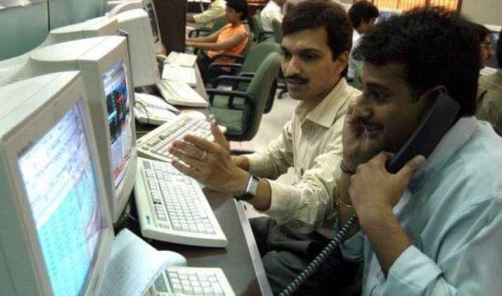 सेंसेक्स 48 और निफ्टी 13 अंक बढ़कर बंद, बैंक रियल्टी और FMCG शेयरों में सबसे रही ज्यादा खरीदारी- India TV Paisa