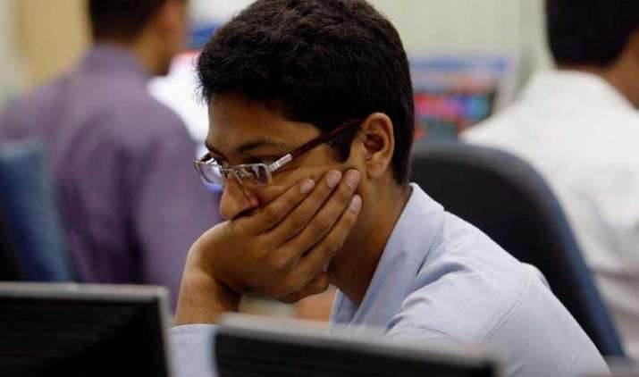 शेयर बाजार: आखिरी एक घंटे में आई रिकवरी से सुधरे बाजार, सेंसेक्स 79 अंक बढ़कर 27916 पर बंद- India TV Paisa