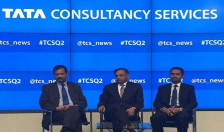 Unexpected Results: TCS ने बाजार के अनुमानों को किया गलत साबित, Q2 में शुद्ध मुनाफा 8.8% बढ़ा- IndiaTV Paisa