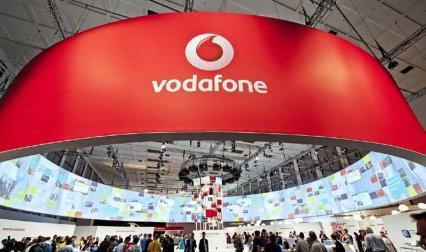 वोडाफोन दिल्ली इंटरनेशनल एयरपोर्ट पर देगी फ्री Wi-Fi सर्विस, GMR से किया समझौता- IndiaTV Paisa
