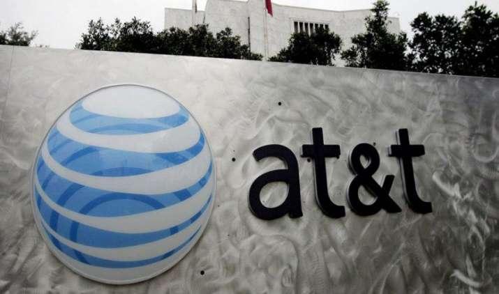 Time Warner को खरीदने के लिए AT&T की बातचीत अंतिम चरण में, 80 अरब डॉलर में होगा सौदा- IndiaTV Paisa