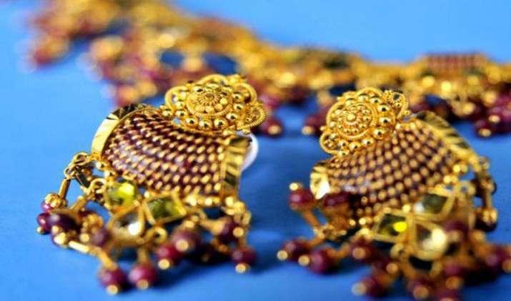 अप्रैल-अगस्त में रत्न एवं आभूषण निर्यात 11 प्रतिशत बढ़ा, गोल्ड ज्वैलरी का एक्सपोर्ट घटा- IndiaTV Paisa