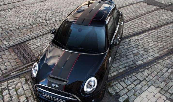 भारत में लॉन्च हुई Mini Cooper S कार्बन एडिशन, मात्र 20 यूनिट की ही होगी बिक्री- IndiaTV Paisa