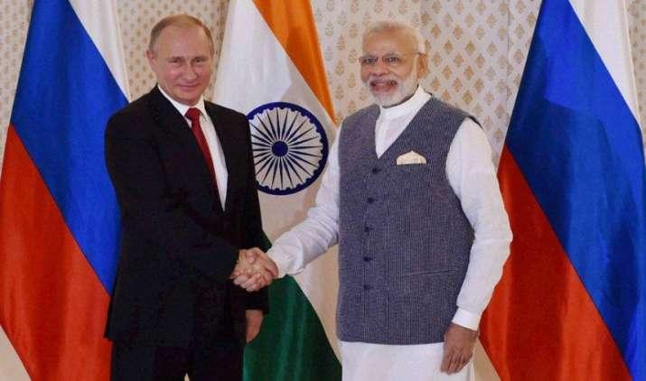 Big Defence Deal: भारत और रूस के बीच हुए 16 बड़े करार, देश को मिलेगा S-400 एंटी मिसाइल डिफेंस सिस्टम- India TV Paisa