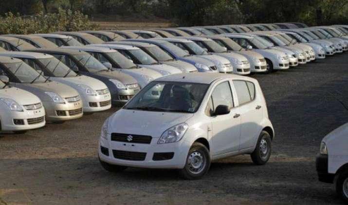 FY2016-17 में यात्री वाहनों की बिक्री होगी 30 लाख के पार, नए मॉडल और कॉम्पैक्ट SUV की बढ़ी डिमांड- India TV Paisa