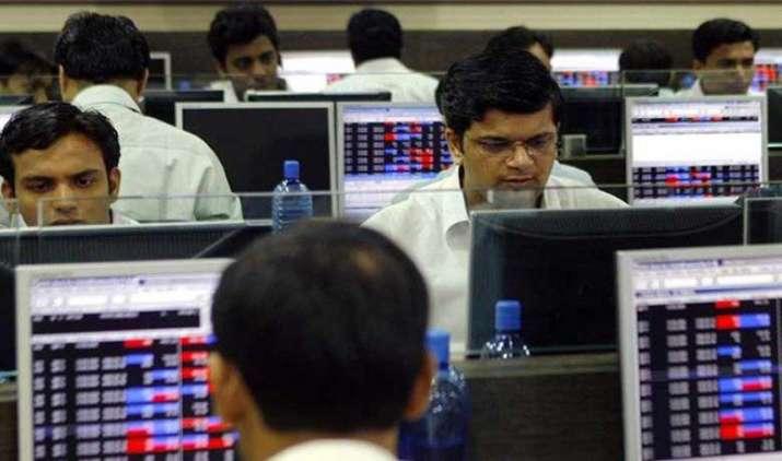 बड़ी से ज्यादा छोटी कंपनियों के शेयरों ने दिया रिटर्न, इक्विटी म्यूचुअल फंड में हुआ 3,700 करोड़ रुपए का निवेश- IndiaTV Paisa