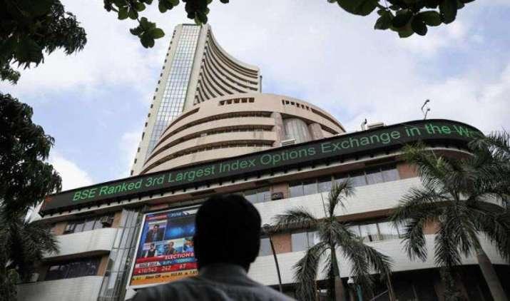 शेयर बाजार में आज भी बनाया नया रिकॉर्ड, लगातार तेजी की यह हैं 5 वजह- IndiaTV Paisa