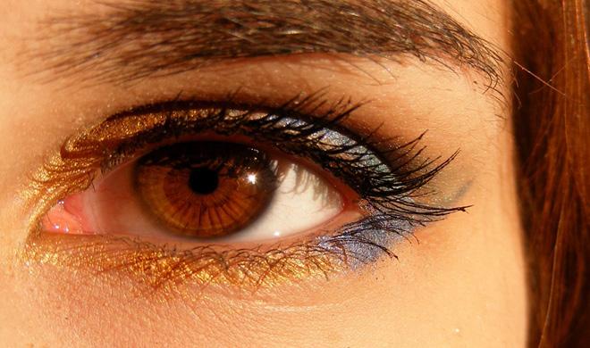 eyes- Khabar IndiaTV