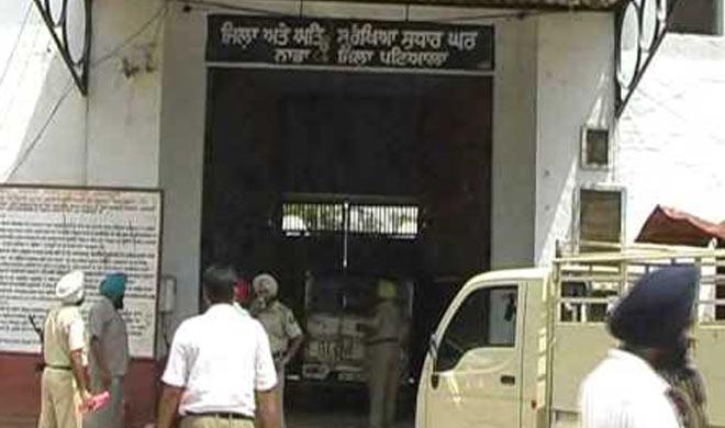 6 prisoners escaped after firing indiscriminately in nabha...- Khabar IndiaTV