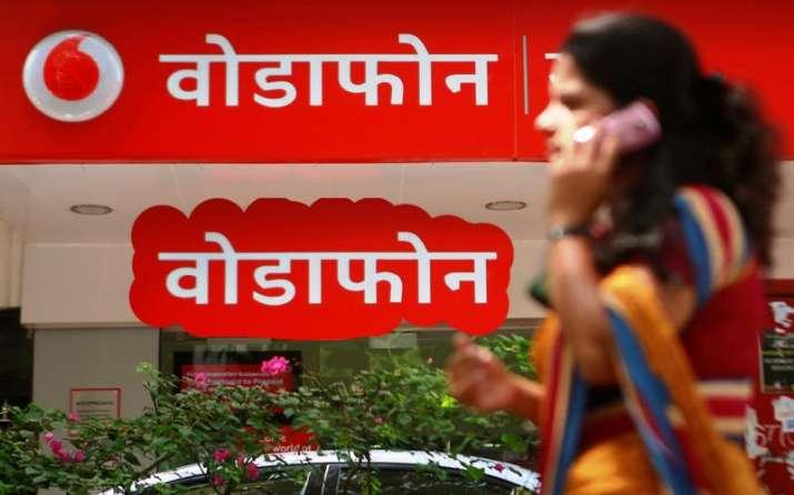Jio के खिलाफ Vodafone हाईकोर्ट पहुंचा, कहा- जियो की मुफ्त पेशकश ट्राई के शुल्क आदेश का उल्लंघन- India TV Paisa