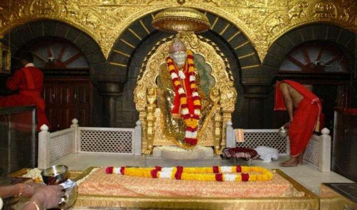 नोटबंदी के बाद साईंबाबा मंदिर को 50 दिन में मिला 31.73 करोड़ रुपए का दान, प्रतिदिन आए 37.92 लाख रुपए- India TV Paisa