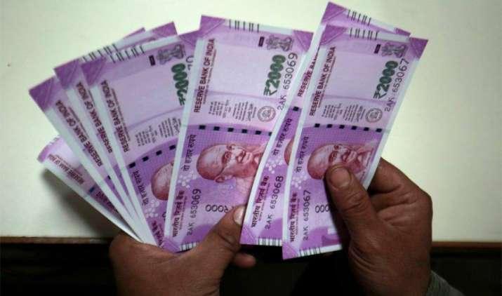नोटबंदी के एक महीने बाद जनधन खातों से निकाले गए 5,000 करोड़ रुपए- India TV Paisa