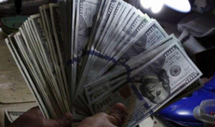 जनवरी में विदेशी निवेशकों ने भारतीय पूंजी बाजार से निकाले 5,100 करोड़ रुपए, धीमी विकास दर से हैं चिंतित- India TV Paisa