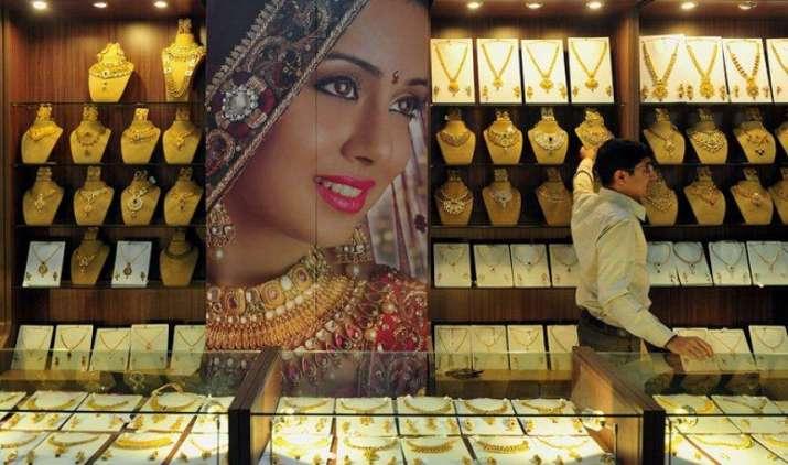 ज्वैलर्स की ओर से बढ़ी सोने की डिमांड, कीमतों में 150 रुपए की उछाल- India TV Paisa