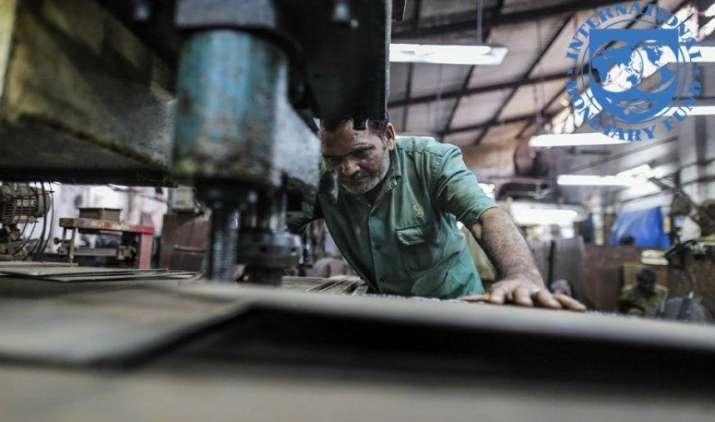 नोटबंदी का असर, आईएमएफ ने भारत की वृद्धि दर का अनुमान घटाकर 6.6 प्रतिशत किया- India TV Paisa