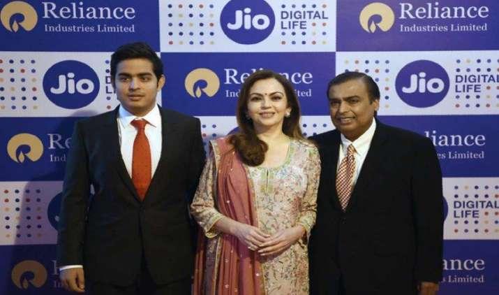 रिलायंस जियो ने ब्रॉडबैंड सेक्टर में रखा कदम, यूजर्स को मिलेगी 1 जीबीपीएस तक की इंटरनेट स्पीड- India TV Paisa