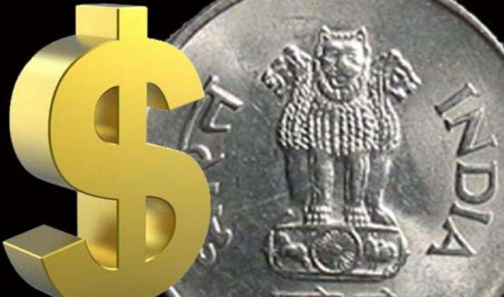 दिसंबर में डॉलर के मुकाबले 66 के आसपास रह सकता है रुपया, FPI का निवेश घटने से गिरावट के हैं आसार- India TV Paisa