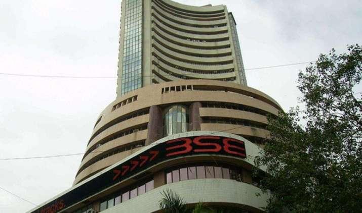 Week Ahead: कंपनियों के नतीजों, आर्थिक आंकड़ों पर रहेगी शेयर बाजार की नजर- India TV Paisa