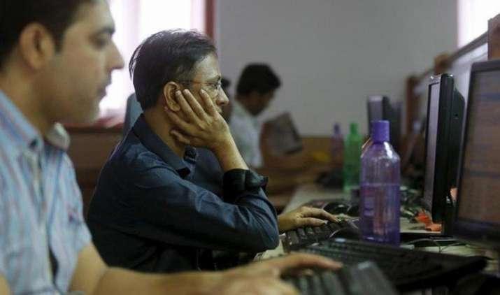 शेयर बाजार: सेंसेक्स 49 अंक गिरकर 29000 के नीचे बंद, निफ्टी के 50 में से 34 शेयर लुढ़के- IndiaTV Paisa
