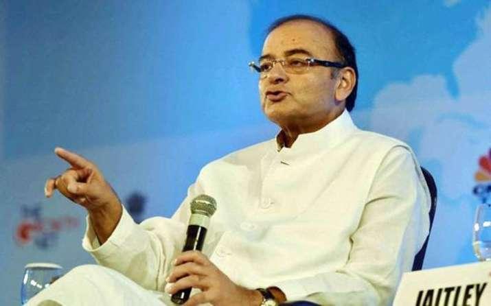 वित्त मंत्री ने नोटबंदी का किया बचाव, कहा बड़े नोट बंद होने व GST से सरकार को मिलेगा ज्यादा राजस्व- India TV Paisa
