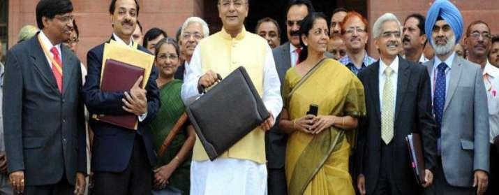 Budget 2017 में ये है वित्त मंत्री अरुण जेटली की कोर टीम, बजट में निभाएंगे महत्वपूर्ण भूमिका- India TV Paisa