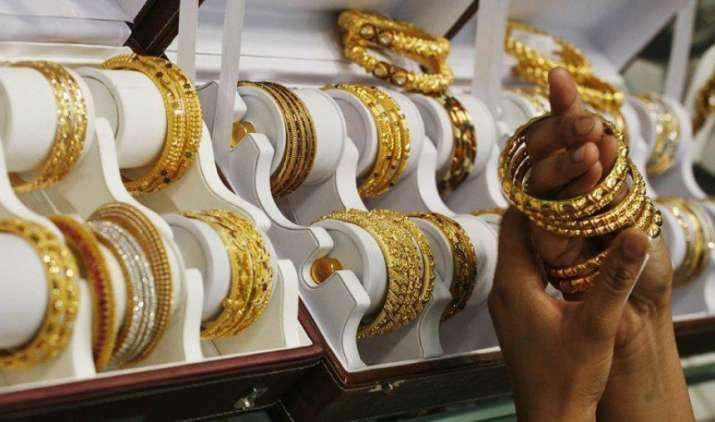 Notes Ban: दिसंबर में सोने का आयात 48.49 प्रतिशत घटा, 1.96 अरब डॉलर का हुआ इंपोर्ट- India TV Paisa
