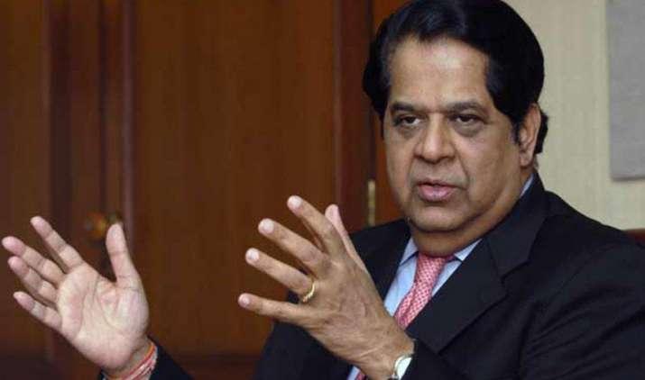 वैश्विक अनिश्चितता के जोखिम से भारत को बचाएगी खपत आधारित वृद्धि : कामत- India TV Paisa