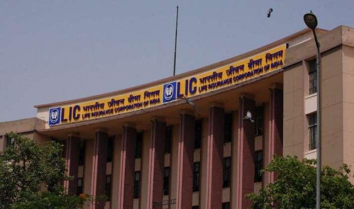सरकारी बीमा कंपनी LIC के MD बने हेमंत भार्गव, 2019 तक रहेंगे पद पर- India TV Paisa