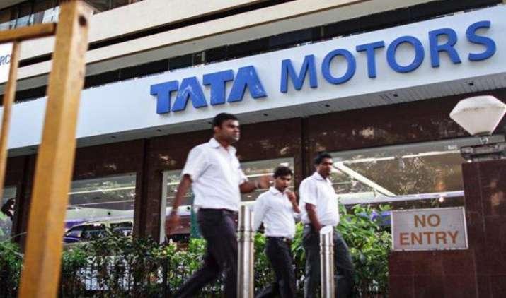कर्मचारियों के लिए वोलंटरी रिटायरमेंट स्कीम लाएगी टाटा मोटर्स, बोर्ड ने दी मंजूरी- India TV Paisa