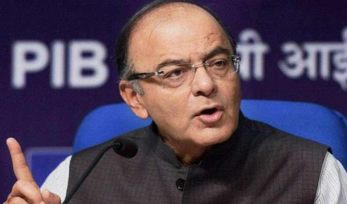जेटली ने महाराष्ट्र के वित्त मंत्री के साथ जीएसटी, अन्य आर्थिक मुद्दों पर चर्चा की- India TV Paisa