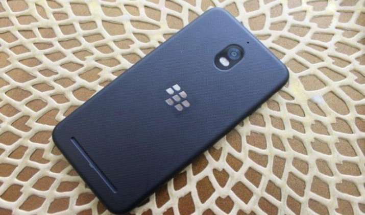4GB रैम और 3,000mAh की बैटरी के साथ लॉन्च हुआ BlackBerry Aurora, कीमत सिर्फ 17,500 रुपए- IndiaTV Paisa
