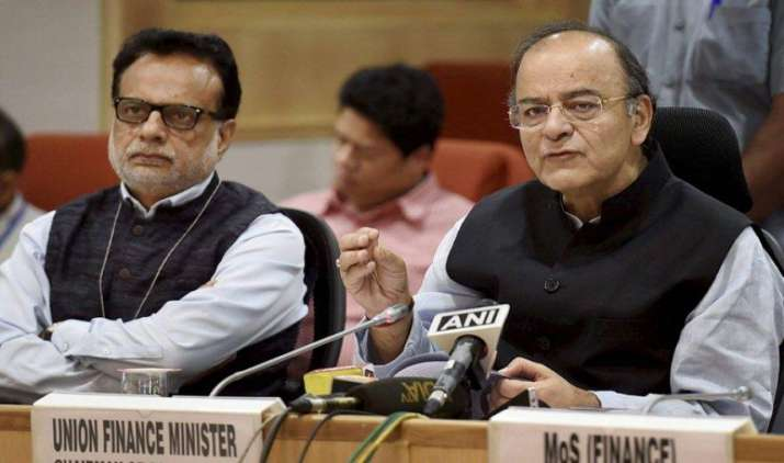 जीएसटी परिषद ने कुछ नियमों को दी अपनी मंजूरी, विभिन्न टैक्स रेट को अगले महीने दिया जाएगा अंतिम रूप- India TV Paisa