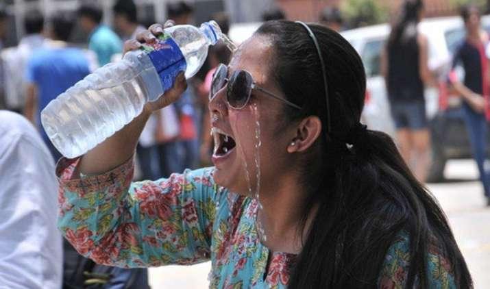 भीषण गर्मी: पारा 42.8 डिग्री पहुंचने के बाद अहमदाबाद में येलो अलर्ट जारी, कुछ ही दिनों में चलने लगेगी लू- IndiaTV Paisa