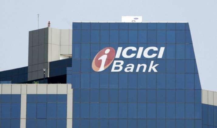 RBI Data: बैंक धोखाधड़ी लिस्ट में टॉप पर आईसीआईसीआई, एसबीआई और स्टैनचार्ट, लोगों ने 17 हजार करोड़ से अधिक का लगाया चूना- India TV Paisa