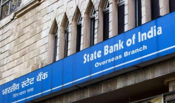मर्जर के बाद SBI बंद करेगा सहयोगी बैंकों के 47 प्रतिशत कार्यालय, 3 बैंकों के हेड ऑफिस भी होंगे खत्म- IndiaTV Paisa